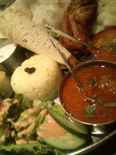 今日はインド料理!