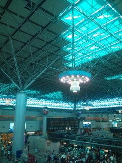 台北空港。